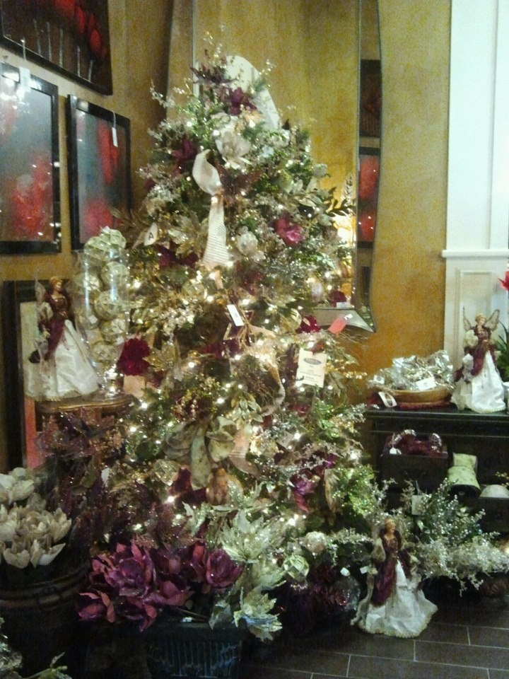 Gold and maroon Christmas Tree from Hall s Lighting in Victoria  TX25 best Maroon and Gold Christmas images on Pinterest   Gold  . Hall Lighting Victoria Texas. Home Design Ideas