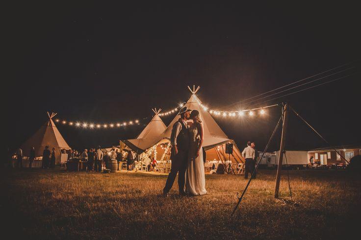 Pourerere Beach Wedding © The Little Details Photography