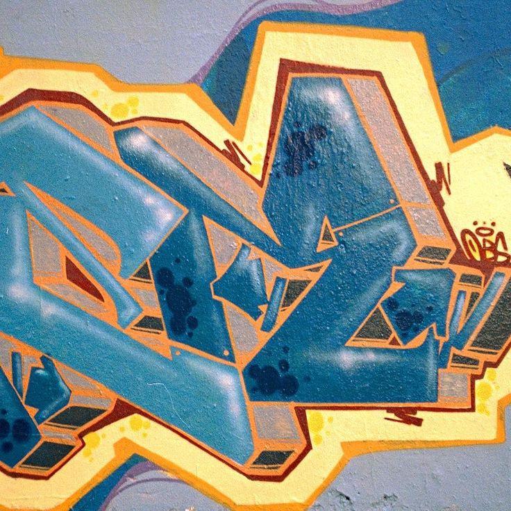 Graffiti letter E & R . . . . #dezer #deser #desa #obs #obscrew #outbreaks #onebigstruggle #graffiti #graffitiart #spraycanart #urbanart #aerosolart #streetart #art #spraycan #writing #stylewriting #writingart #writer #graffitiwriter #letterart #wildstyle #germany #düsseldorf #style #obsekte #outline #outlines #colorful
