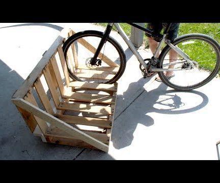 Best 25 Pallet Bike Racks Ideas On Pinterest Bike