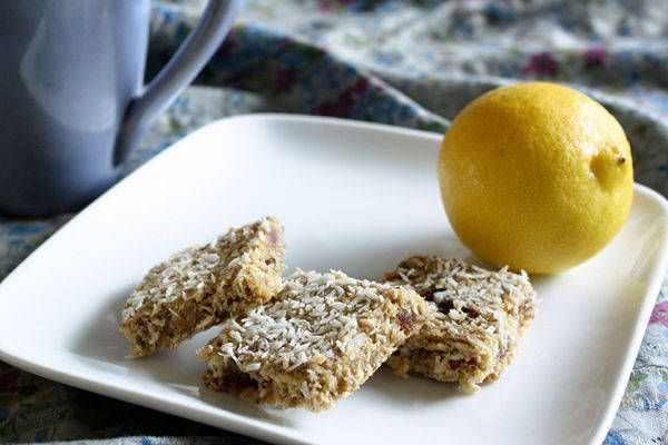 Lemon-Coconut Breakfast Bars: Coconut Breakfast, Lemon Coconut Bar, Lemon Breakfast, Chia Seeds, Breakfast Bar, Lemoncoconut, Gluten Free, Vegans Breakfast, Lemon Bar