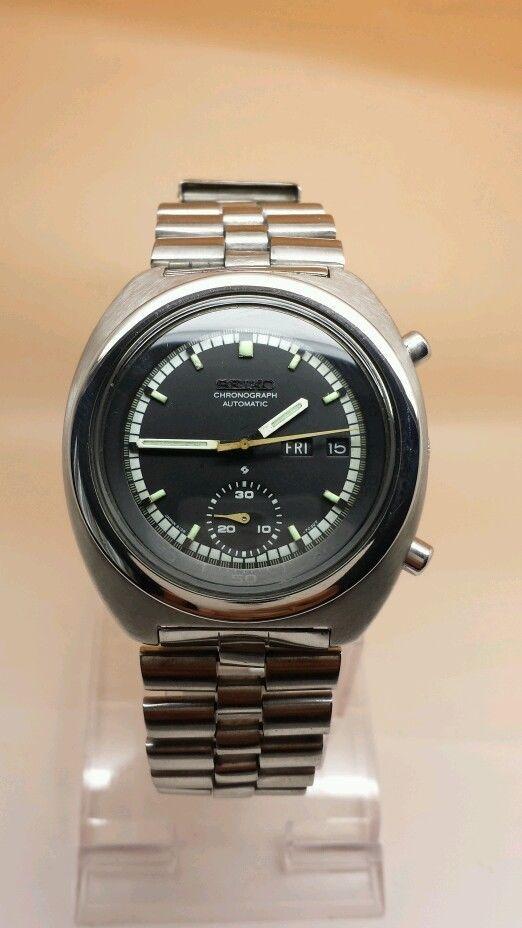 Vintage retro seiko chronograph 6139 7020 automatic watch