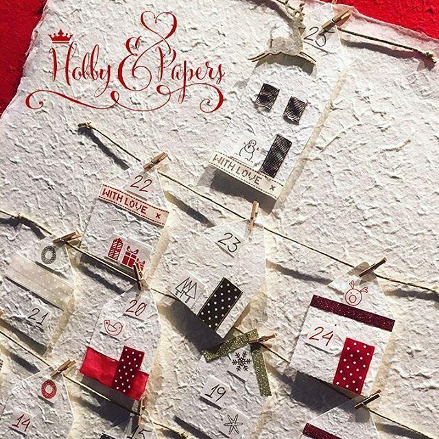 Per noi, che siamo rimasti in fondo un po' bambini, Dicembre rimane sempre il mese piu magico ✨🎄e il rito mattutino del countdown fino al 25 rende l'attesa del Natale piú trepidante e gioiosa ⏰🎅🏼🎁Oggi vi proponiamo un calendario dell'Avvento davvero romantico ❤️che richiama le atmosfere invernali dei villaggi innevati ❄️⛄️🌲❄️ e che potrete realizzare facilmente seguendo il nostro TUTORIAL 🔛  https://youtu.be/JZjUWLbh-E4 info e materiali sul nostro BLOG ‼️…