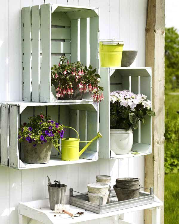 Caixotes de feira podem ser usados na decoração com estilo e bom gosto; confira 50 ideias   Economize