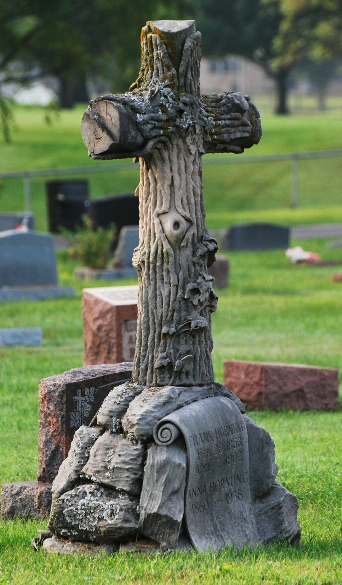 best images about various gravestones grave sights on tree cross elwood na