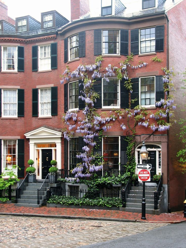 Maybe we can find an apartment like this in Boston:-)