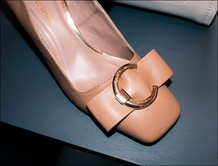 Next press day Spring 18 http://gabriellalundgren.com/next-press-day-spring-18 Perfect everyday Nude heels with golden buckle shoe from Next spring 18.