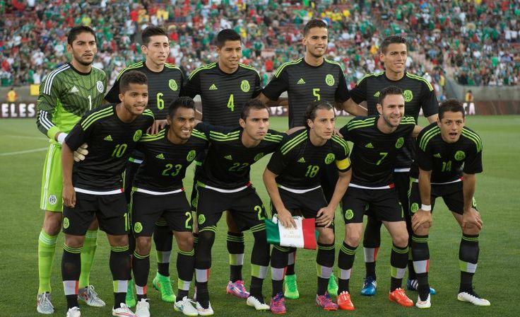 En el sorteo, realizado en el Estadio Levi's de Santa Clara, California, se reveló que la Selección Mexicana se enfrentará con los cuadros nacionales de El Salvador, Curazao y Jamaica, ...