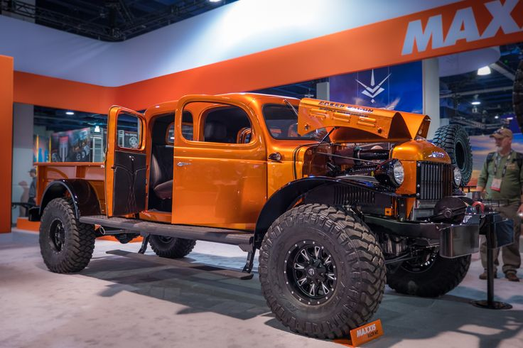 After we return from SEMA each year, our friends and families like to ask us the same thing: what was your favorite vehicle? Anyone who has ever been to SEMA will know that such a question is tough to answer. It can take days to
