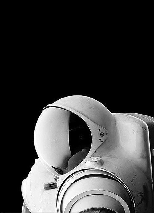 Back To The Future / Source justruben Astronaut, Black