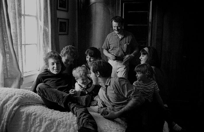 Bob Dylan, John Sebastian and the Paturel clan, Woodstock, NY