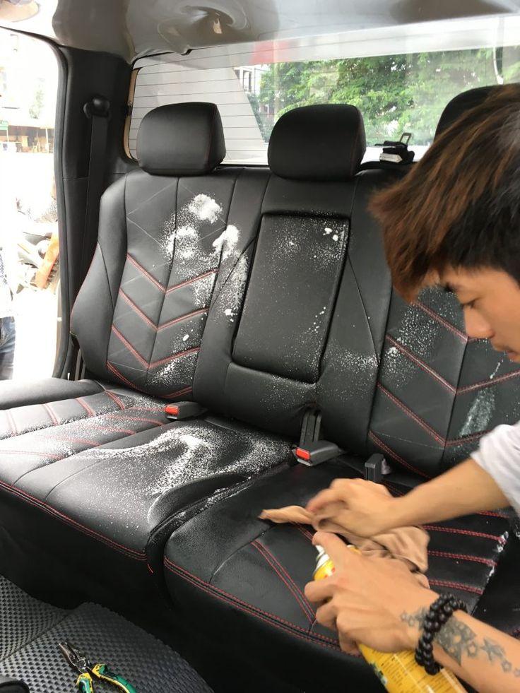 Làm sạch ghế da ô tô, giúp da bóng mịn, khử mùi hôi, tạo cảm giác sang trọng, lịch lãm.