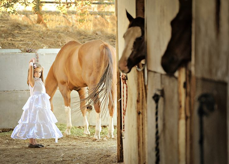 If I ever have a little girl, I hope she spends her days at the barn like I did when I was little <3