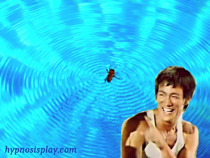 """Quote in pictures: """"Bee/Water"""" Bruce Lee"""