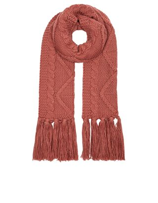 Warm scarfs, or light weight ones are better... love many styles