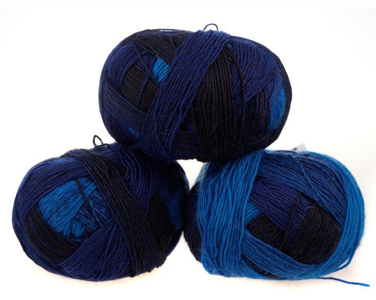 deine blau augen Multifarvet strømpegarn Zauberball fra Schoppel Wolle  - 100 g. nøgler á 83 kr.