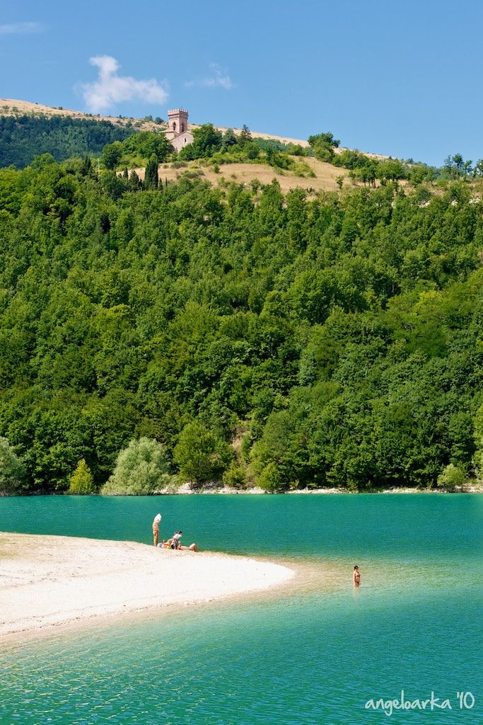 Lake Fiastra, #Marche - only 20 minutes from #bellavallone