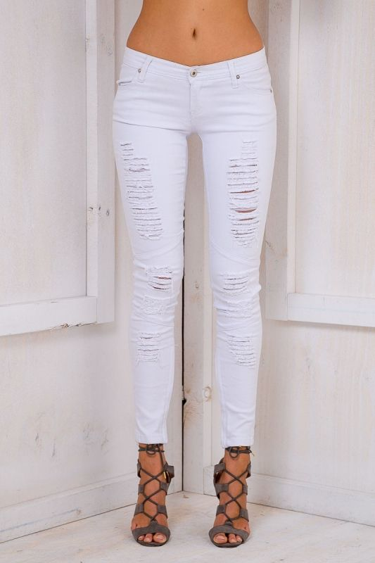 The Marsia skinny leg jeans in White are all about the ripped details! Featuring a low rise, skinny leg fit, zipper details on the ankles and your standard jean pockets. Style i with a relaxed jumper and boots. Size 8, Length:94cm/37inches Width:33cm/13inches ( PLEASE NOTE: These are a small make so we recommend going up a size) Polyester Cold Hand Wash Only Model wears a size 10 Model's height 180cm  Prints may vary Imported A slight variation may occur in colours and size ...