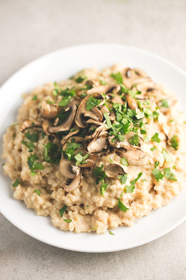 Fat free vegan risotto - This fat-free vegan risotto is perfect for any special occasion, although you can make it anytime because is an easy and delicious recipe.