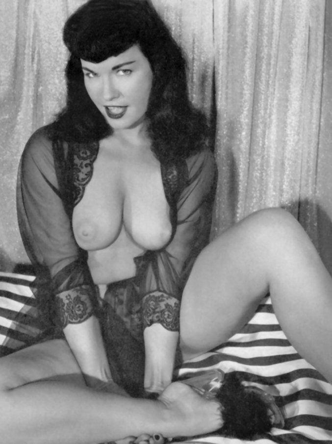 Порно звезда порно фильмы бетти пейдж порно