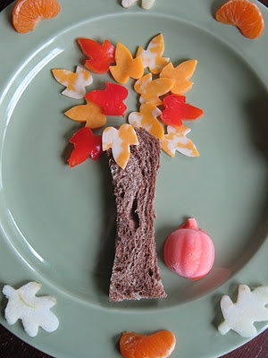 a fall themed child's lunch plate idea...adorable!