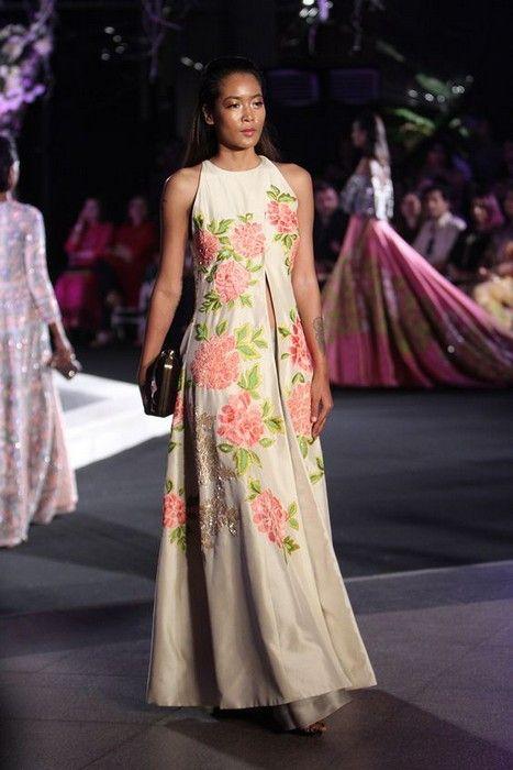 52 besten Elegant Anarkali Bilder auf Pinterest | Anarkali lehenga ...