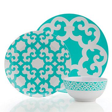 The striking interlacing geometric pattern on our Boulevard Dinnerware features a vibrant hue of aquamarine juxtaposed against a white background and printed it on easy care, shatterproof melamine.