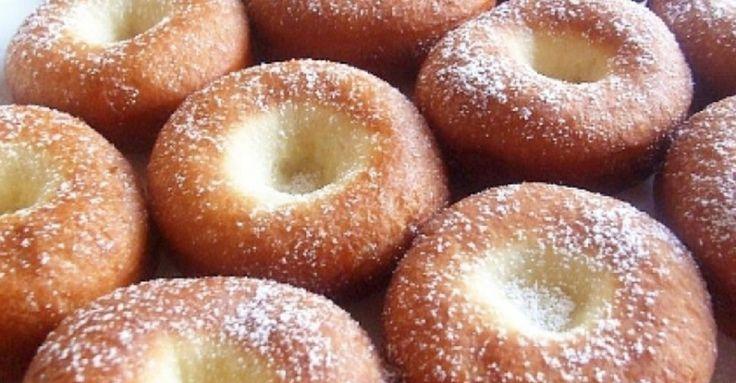 Recept na Skvělé domácí vdolky z kategorie :  1,5 kg hladké mouky, 1 lžička soli, 25 g droždí, 90 ml mléka, 4 lžíce cukru, 1 balení vanilkového cukru,...