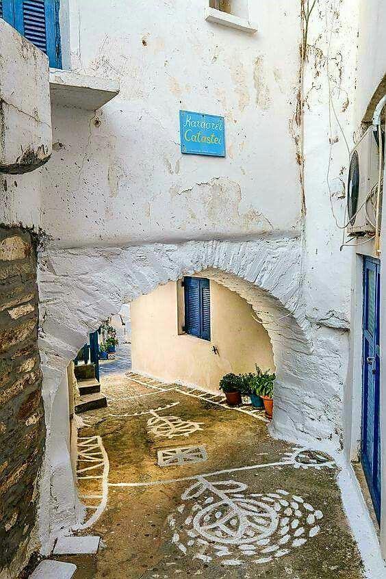 Kythnos island, Greece partez en voyage maintenant www.airbnb.fr/c/jeremyj1489