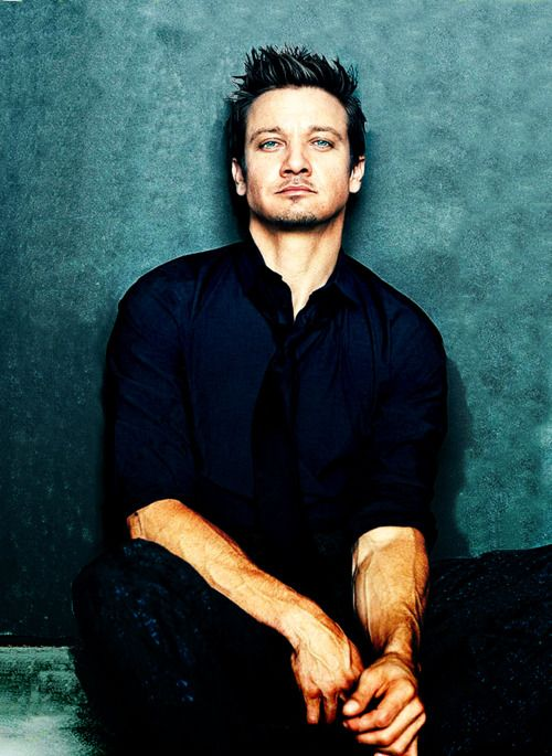Jeremy Renner...bad, bad boy!
