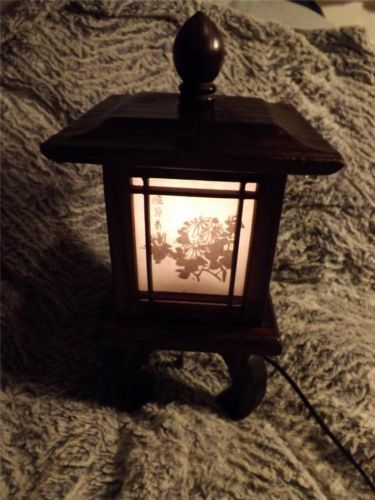 Korean 4 Sided Wooden Lamp With Legs 2 Lights In One