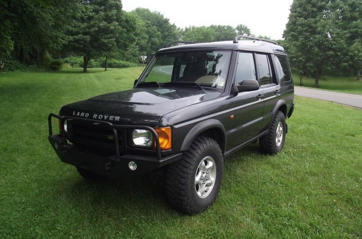 luxury suv land rover discovery and diesel engine on