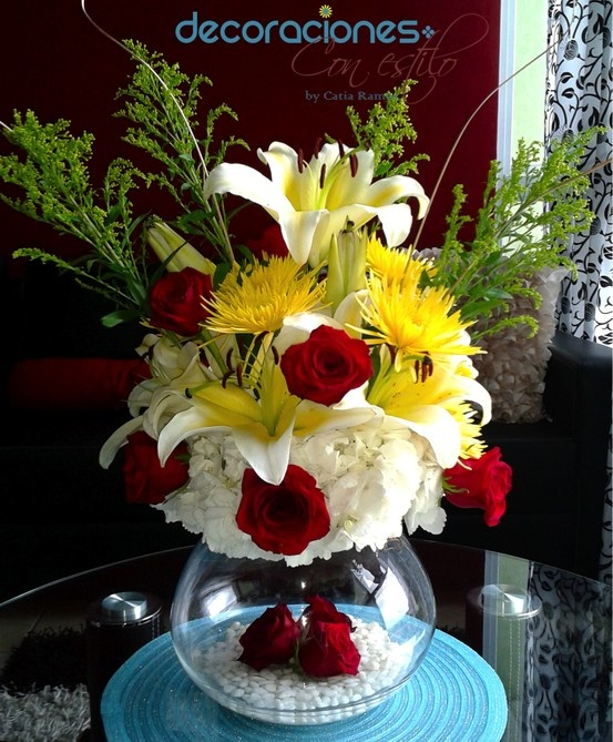 Centro de mesa rosas rojas decora con flores pinterest - Centros de rosas naturales ...