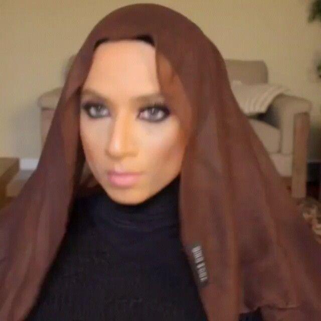 Daily hijab tutorial by pretty @makeuphijabs . Thankyou dear:):):) . . Mat : polyester pashmina 180x75cm.  Kalian bisa ganti dengan cerutti/crepe pashmina :)