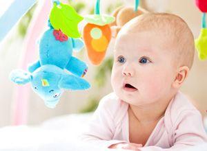 9 ALIMENTOS PROIBIDOS ANTES DO 1º ANO DE VIDA Alguns alimentos não devem fazer parte da dieta do bebé no primeiro ano de vida, saiba quais.
