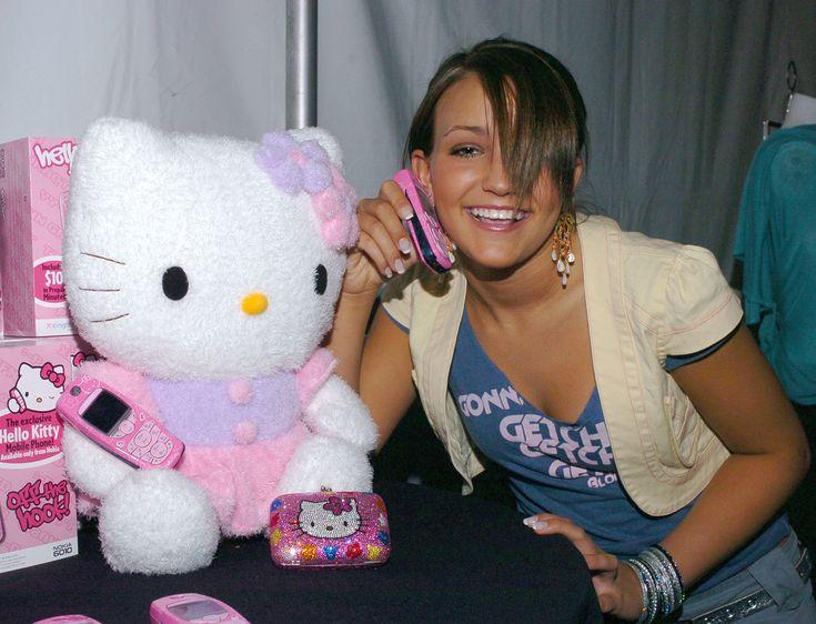 Jamie Lynn Spears with a Hello Kitty phone