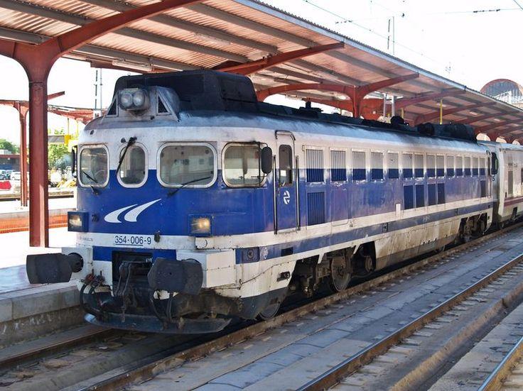 Locomotora diésel hidráulica serie 354 de Renfe, lujo para Talgo | Suite101