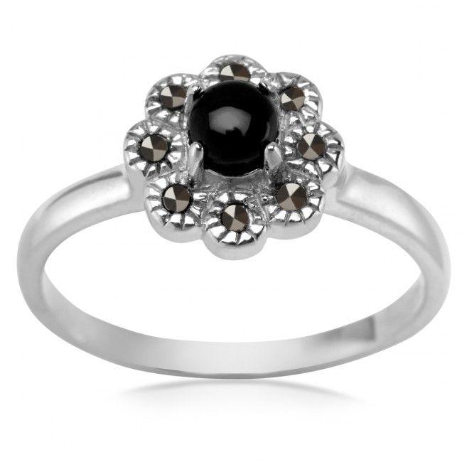 Srebrny Pierścionek z Onyksem i Markazytami, 53.10 PLN, www.Bejewel.me/srebrny-pierscionek-z-onyksem-i-markazytami. #jewellery #silver #bejewelme #bjwlme #shoponline #accesories #pretty #style