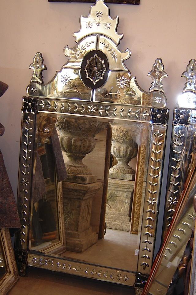 antique Venetian mirrorVintage Mirrors, Beautiful Mirrors, Mirrors Image, Glasses, Evil Mirrors, Venetian Mirrors, Mirrors Mirrors