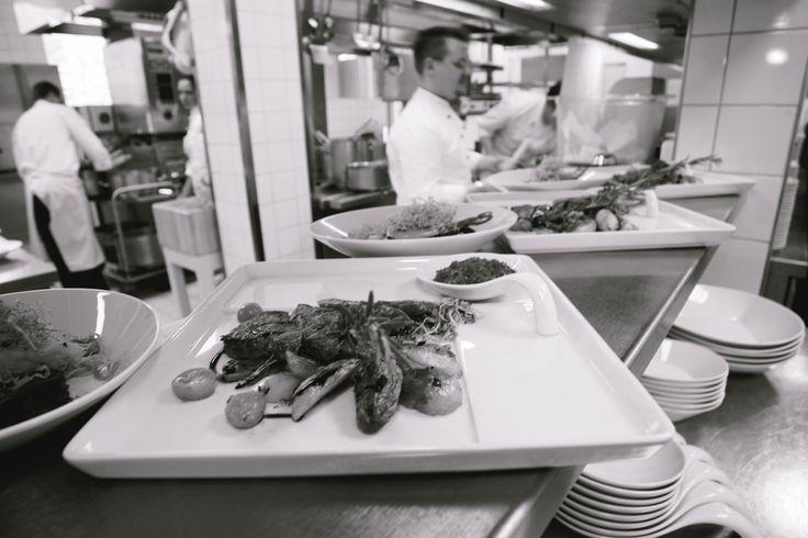 Individualiteit met een moderne interpretatie. Signature is de perfecte presentatie in de culinaire wereld van de gastronomie. Ongewone ideeën en buitengewone functionaliteit brengt de fantasie van uw chefkok aan tafel.