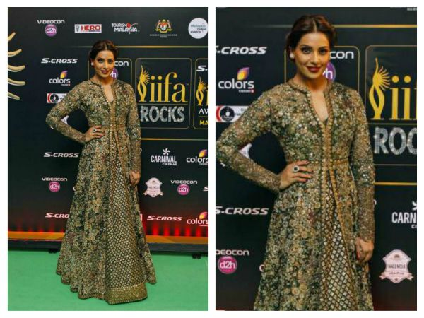 Wearing an ornate Sabyasachi, Bipasha walked the green carpet at the IIFA Rocks 2015. Bipasha Basu completed her dazzling look with jewellery from Anmol.
