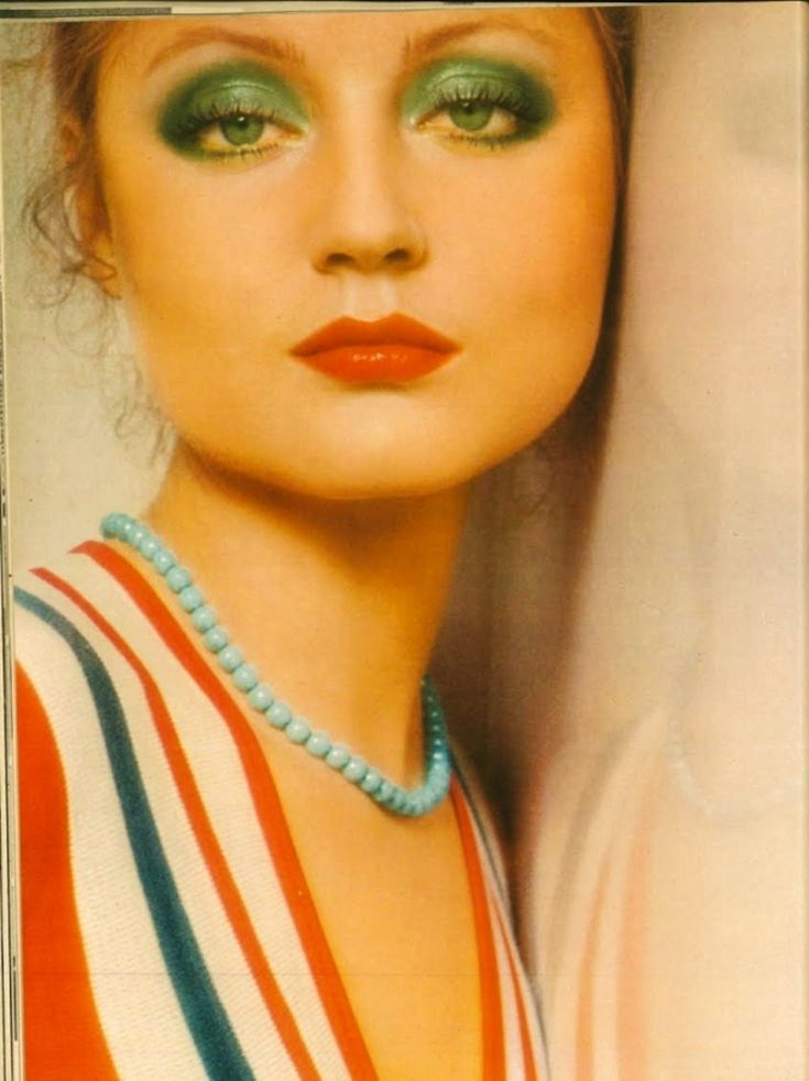 89 best 70's glamour images on Pinterest | Make up looks ...