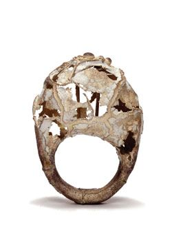 Ring | David Roux-Fouillet.  Silver, porcelain, synthetic ruby