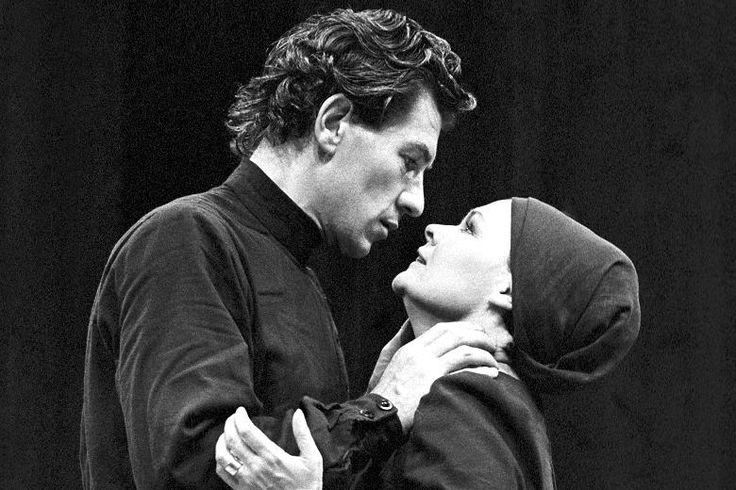 Джуди Денч и Иэн МакКеллен в постановке пьесы «Макбет» в 1978 году
