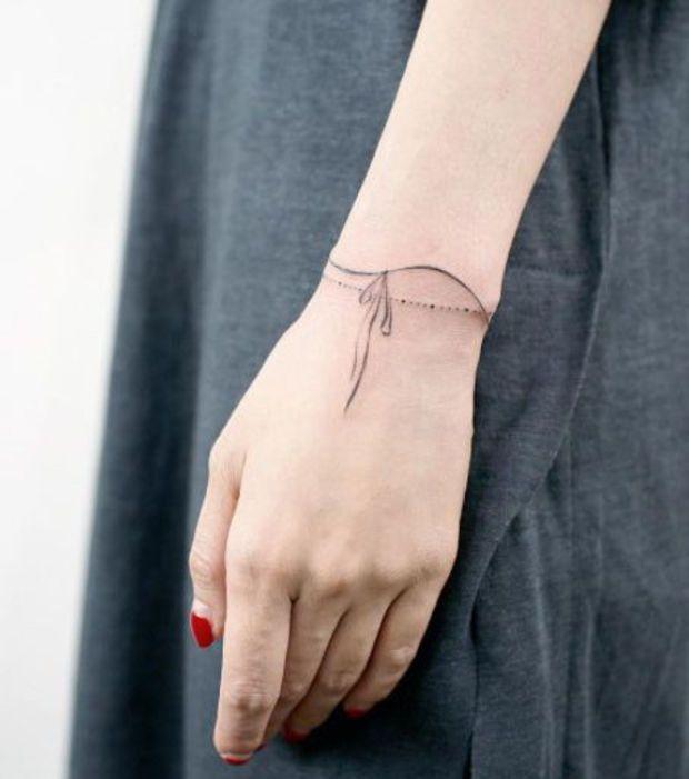 Photo extraite de 19 tatouages au poignet beaucoup plus jolis qu\u0027un simple  bracelet (