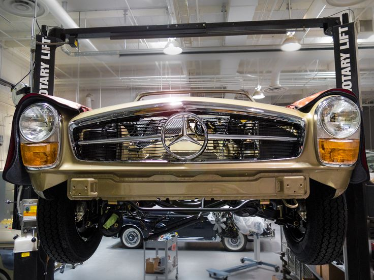 1969 280 sl restoration at the classic center for Mercedes benz payment center