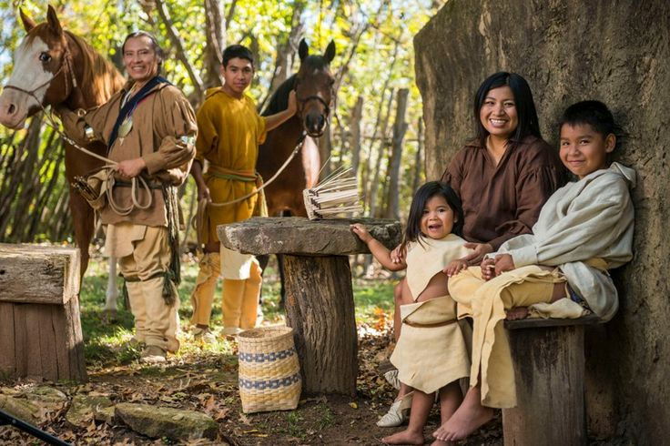 difference between cultures of native americans The culture and traditions of native americans have been a source of support and healing for them in contemporary society, and educators will benefit from understanding the distinctive backgrounds and heritages of their native american students.