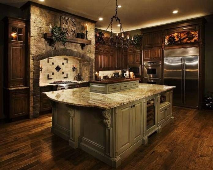 old world italian style kitchen love the color scheme detail work on the island decorating ideas - Italian Kitchen Decor Ideas