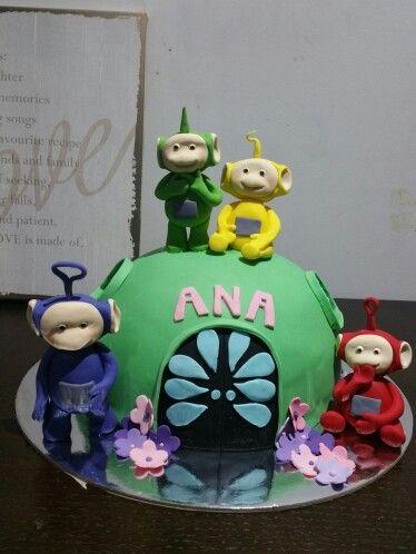 Tellitubbie cake. @ Two Cute Chefs