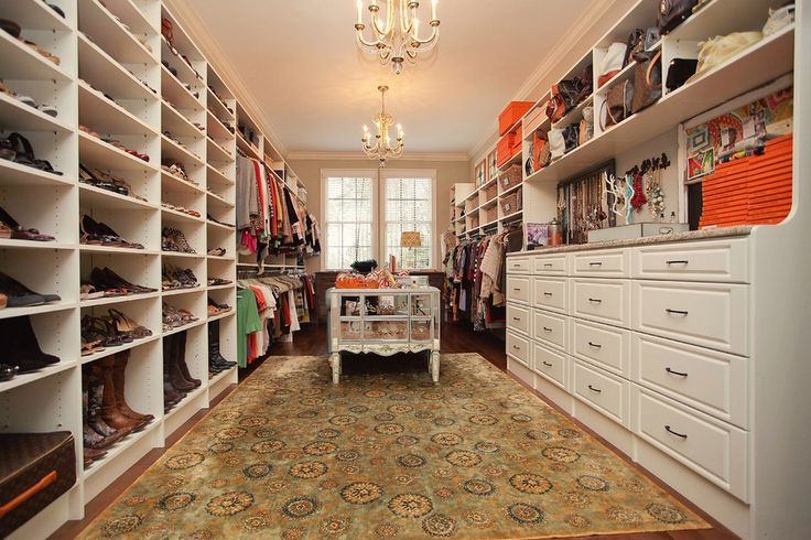 Gorgeous And Huge Walk In Closet Master Bedroom
